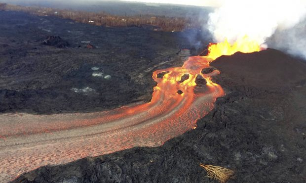 More Small Blasts from Hawaii Volcano